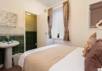 room2-en-suite